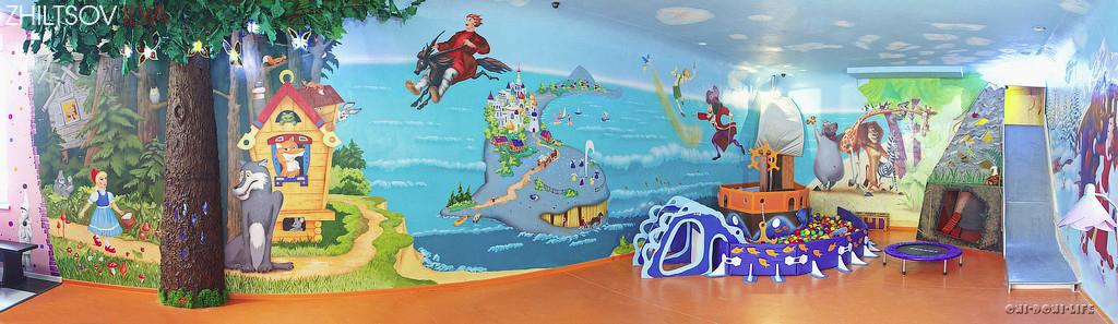 большая игровая комната для детей